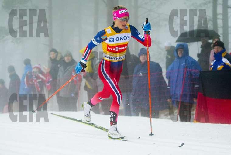 5a52a35d45a Норвежецът Сундби спечели класиката на 50 км ски бягане в Холменколен