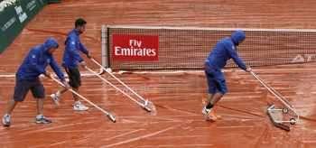 Хора от обслужващия персонал на тенис тунира в Женева (Швейц, €501 345)...