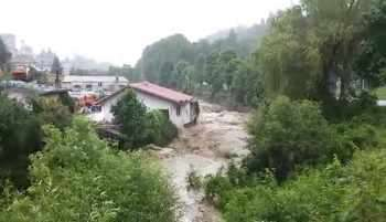 Армията е пратена срещу наводненията