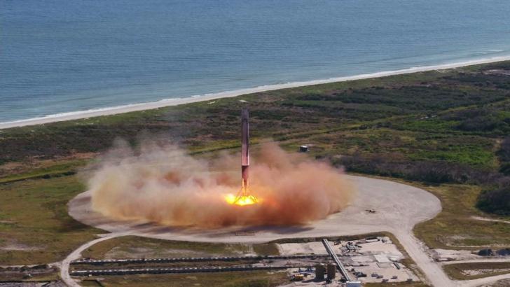 Снимка БГНЕСSpaceX изстреля секретен американски спътник Американската компания