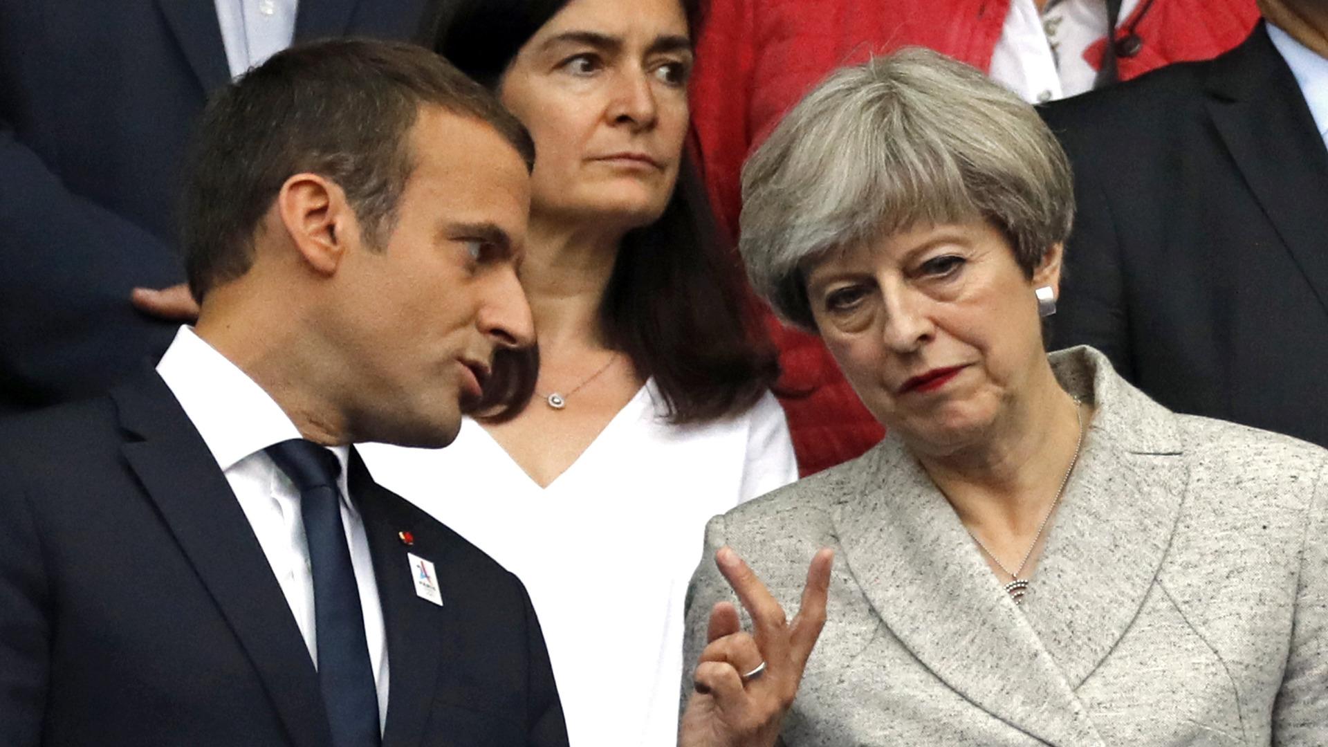 Снимка БГНЕСФренските политици, начело с президента си Еманюел Макрон, бяха