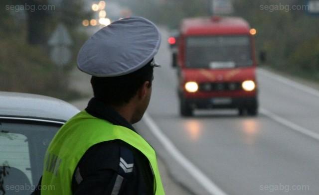 789 нарушения на правилата за използване на предпазни колани в