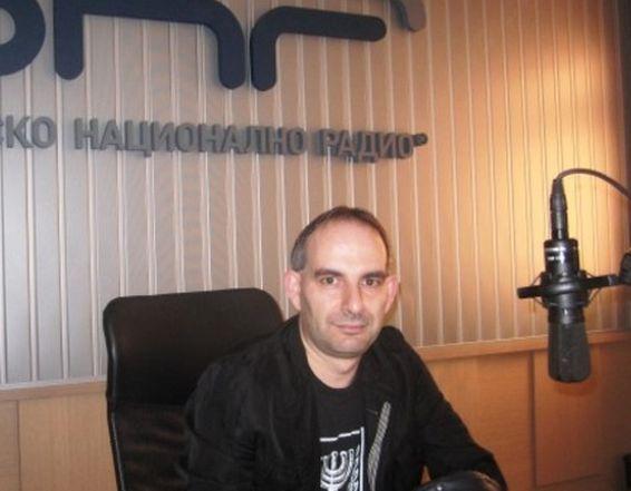 Известният журналист Петър Волгин разбуни социалните мрежи, когато на профила
