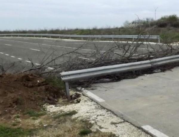 През март границата при Кайнарджа-Липница изглеждаше така. Снимка: СтандартМинистър-председателят Бойко