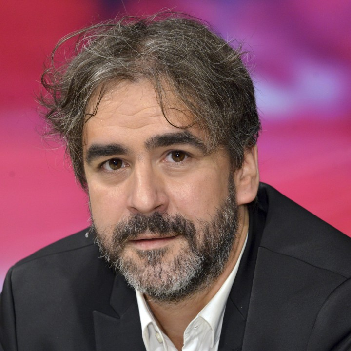 Дениз Юджел Германският журналист от турски произход Дениз Юджел се