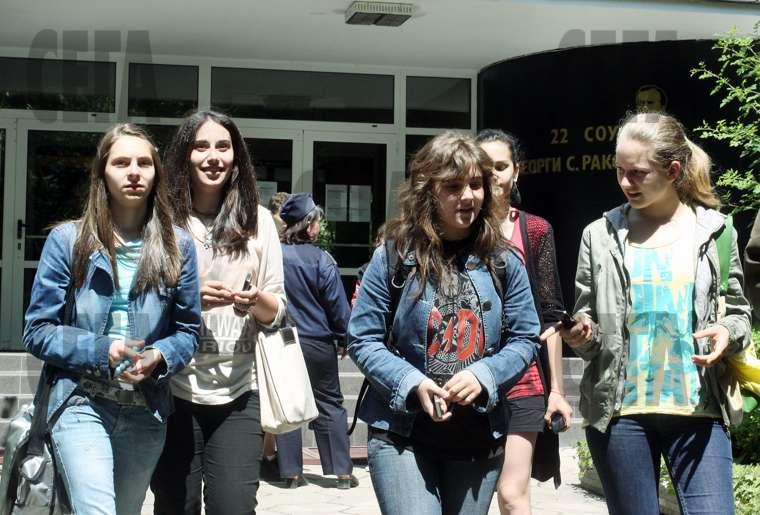 Над 7500 ученици от 326 професионалните гимназии в страната участват