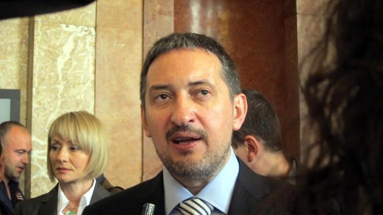 България оказва безпринципен натиск върху Скопие във връзка със спора