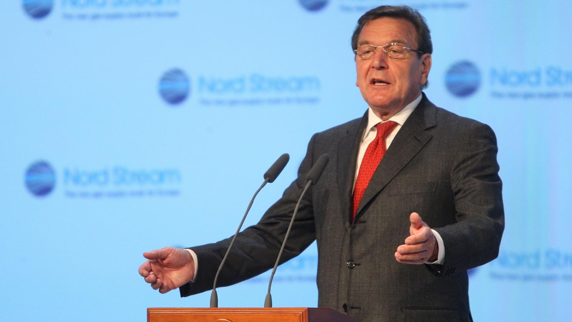Герхард Шрьодер Снимка: ЕПА/БГНЕСУкраинският външен министър Павло Климкин заяви, че