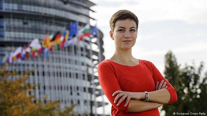 Самите българи са потресени от езика и съдържанието на декларацията,