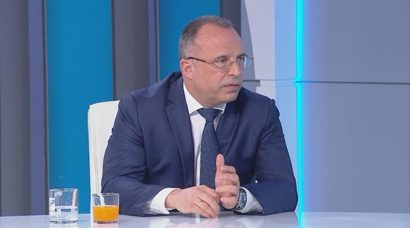 Земеделският министър Румен Порожанов заяви пред БНТ, че въвеждането на