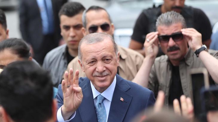 Снимка: ЕПА/БГНЕСТурският президент Реджеп Ердоган е на път да спечели